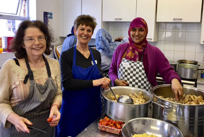 Thank you to Nisa-Nashim for the delicious lunch they provided for service users on 17 March. A South-West London Nisa-Nashim group was started in 2016, and their first joint venture was cooking at the Faith in Action Homeless Drop-In on 17 March.